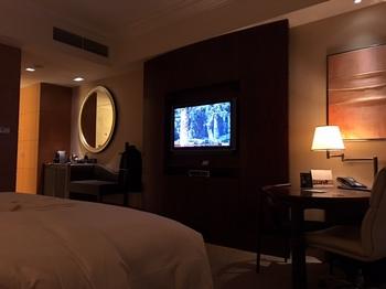シャングリラホテルの部屋.jpg